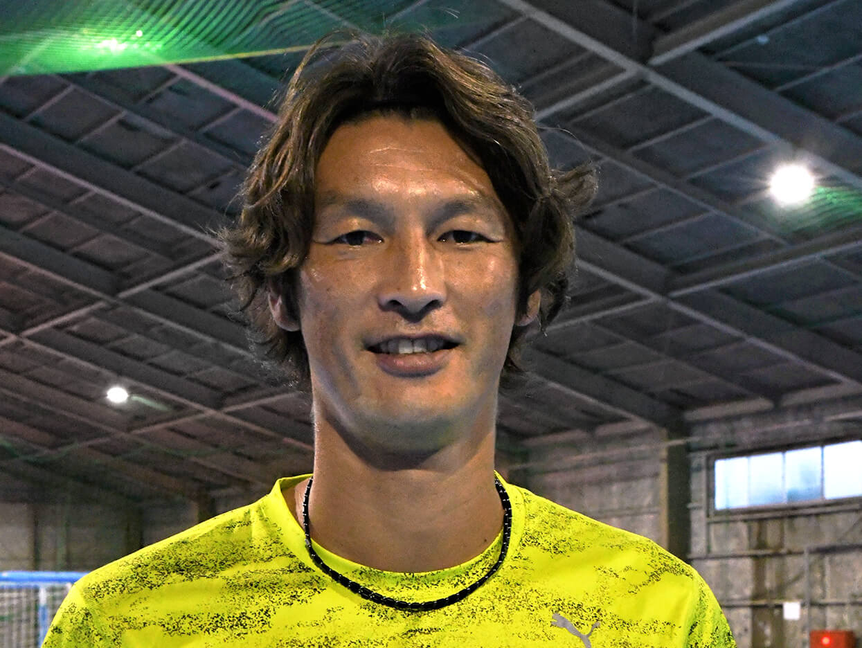 元サッカー日本代表 巻誠一郎選手「不思議と空中でのバランスや体調がとってもいいですね」